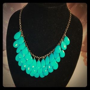 Jewelry - Three tier turquoise colored bead necklace
